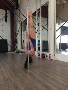 Aradia Fitness Calgary, pole fitness Calgary, pole dance classes, pole dance lessons