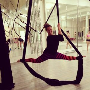 aerial silks, aradia fitness calgary, pole fitness calgary